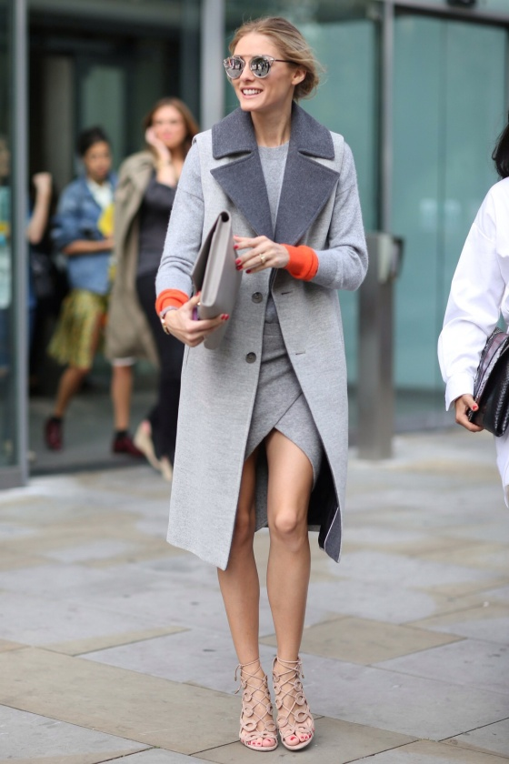 26-Grey-Business-Attire-Looks-For-Ladies-6