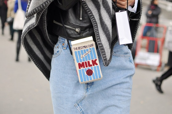 paris-aw14-15-milk-bag